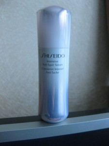 Shiseido Intensive Anti-Spot Serum - флакон
